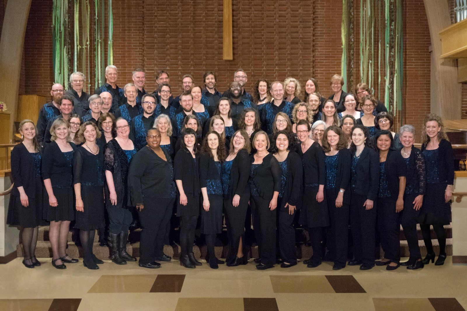 Northwest Firelight Chorale. 2017 Full Choir (Photo by Dartanyon Race)